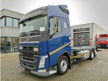 Volvo FH 500 / 2 Tanks / Liftachse / German  - container transporter/ swap body truck
