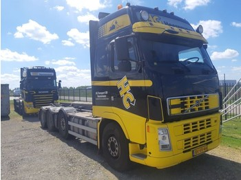 Volvo FH 520 GT XL 8X2 - container transporter/ swap body truck