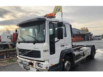 Volvo FL615  - container transporter/ swap body truck