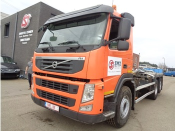 Container transporter/ swap body truck Volvo FM 410 6x2 439 km palfinger