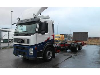 Volvo FM 6*2  - container transporter/ swap body truck