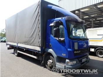 Curtainsider truck DAF 45160: picture 1