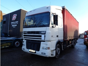 Curtainsider truck DAF 95 430 spacecab 6x2 top 1a