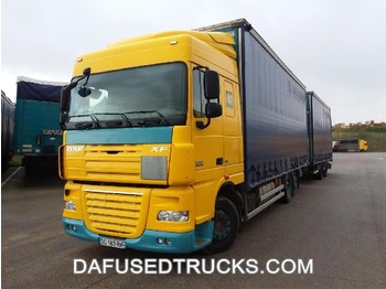 DAF FAR XF105.460 - curtainsider truck