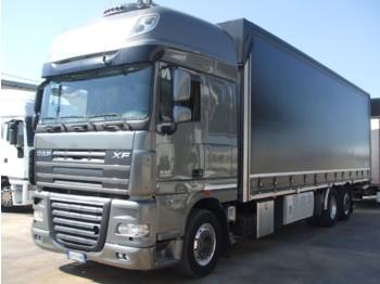 DAF XF105.510 - curtainsider truck