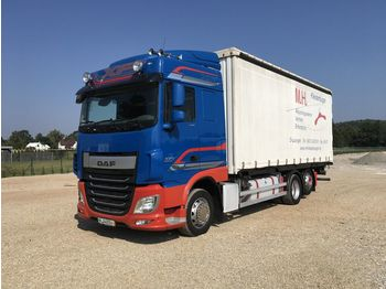 Curtainsider truck DAF XF 106.440 6x2 Manual , Super Stan
