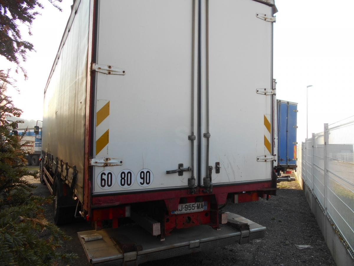 curtainsider truck Iveco Stralis 310