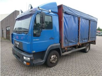 Curtainsider truck MAN