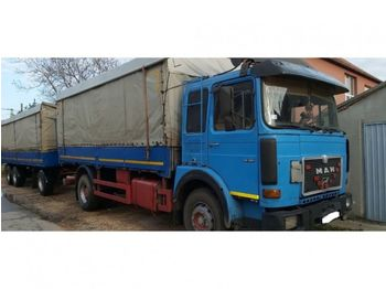 Curtainsider truck MAN 19.361 4x2 stake body - ZF - spring