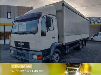 Curtainsider truck MAN 20.284