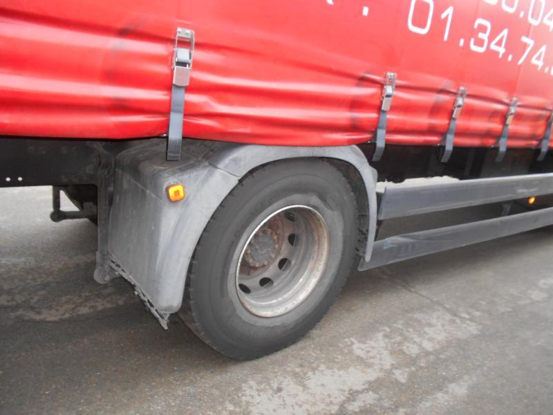 curtainsider truck MAN TGA 18.320