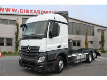 MERCEDES-BENZ ACTROS 2542 6x2 E6 CHASSIS - curtainsider truck