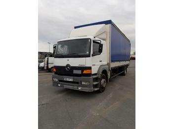 Curtainsider truck Mercedes Atego 1828