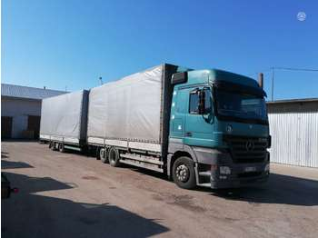 Curtainsider truck Mercedes-Benz 2544