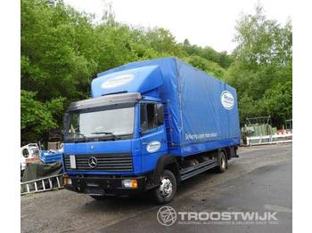 Mercedes-Benz 820 - curtainsider truck