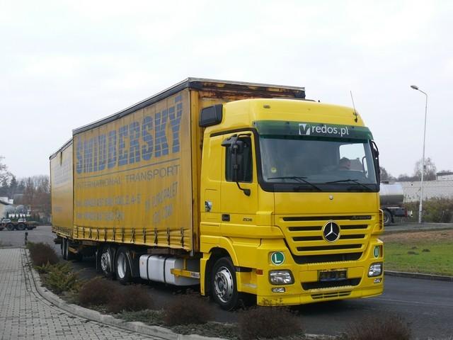 mercedes benz actros tandem 120 cbm preis mit aufliger curtainsider truck from poland for. Black Bedroom Furniture Sets. Home Design Ideas