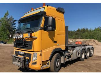 Volvo FH 520-37 8x4  - curtainsider truck