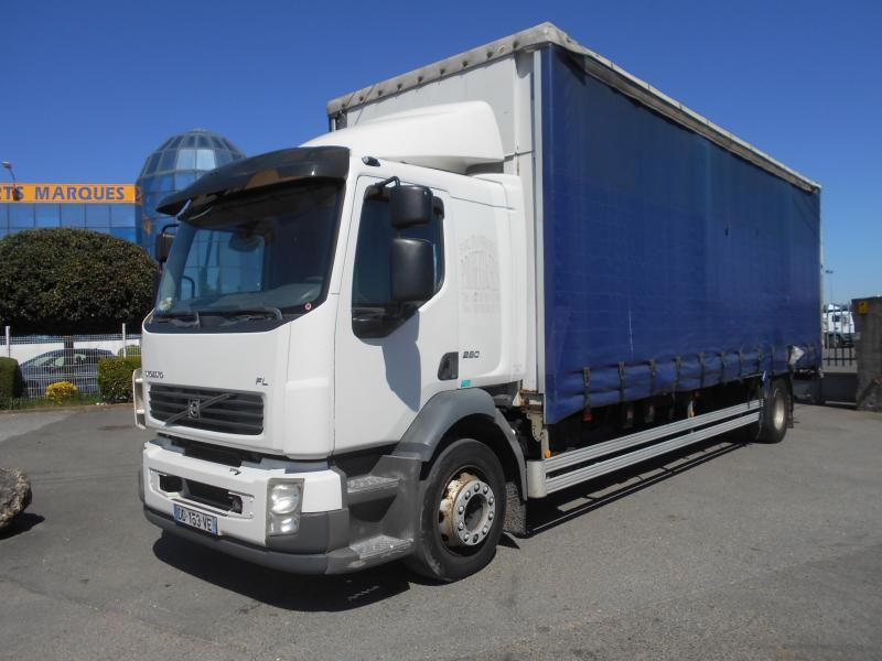 curtainsider truck Volvo FL 280