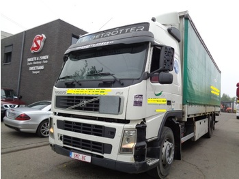 Curtainsider truck Volvo FM 340 6x2 i shift