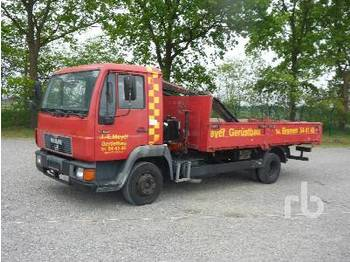Dropside truck MAN 8.153 4x2: picture 1