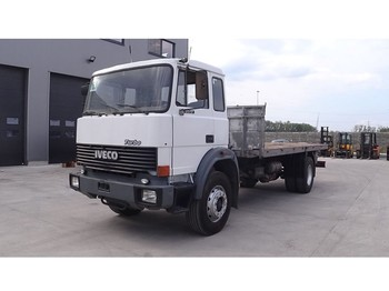 Flatbed truck Iveco Turbostar 175-17 (STEEL SUSP./ 6 CYLINDER ENGINE WITH WATER COOLING): picture 1