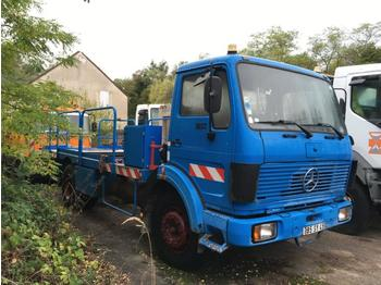 Mercedes 1217  - flatbed truck