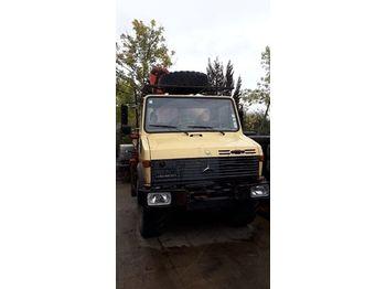 Flatbed truck Mercedes Unimog U1250