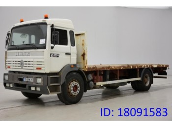 Flatbed truck Renault G270
