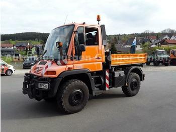 Flatbed truck Unimog U 400, Variopilot,Zapfwelle, Leistungshydraulik: picture 1