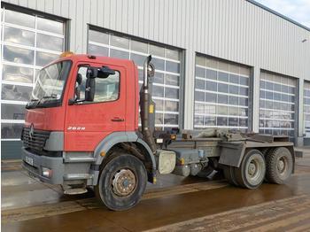 Hook lift truck  2004 Mercedes 2628