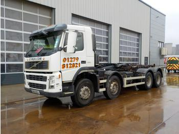 Hook lift truck  2004 Volvo FM12-380