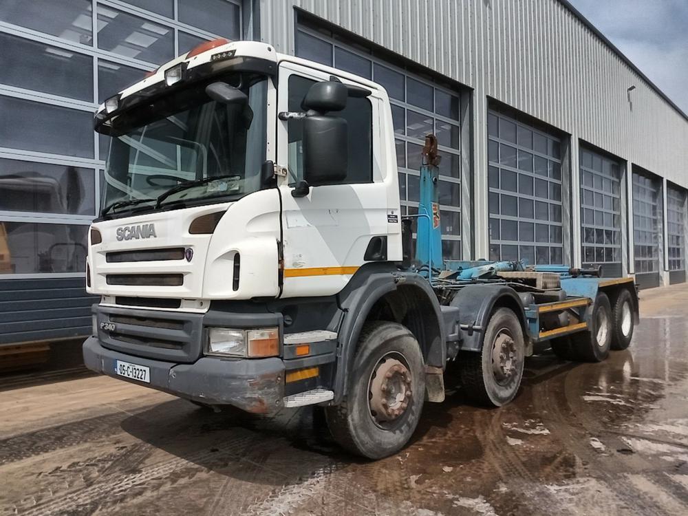 hook lift truck 2005 Scania P340