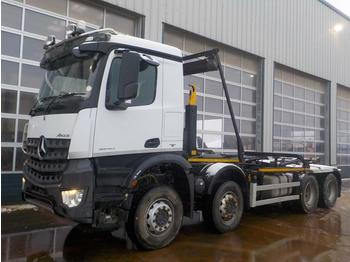 Hook lift truck  2015 Mercedes Arocs 3240