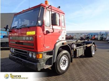Hook lift truck DAF 1900 + Manual + Hook system + pto