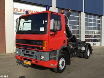 Hook lift truck DAF 65.210 ATI 4x4 Full steel Euro 1