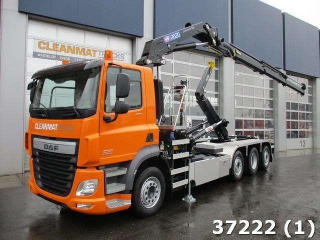 hook lift truck DAF FAQ CF 460 8x2 HMF 26 ton/meter laadkraan