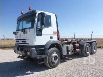 Hook lift truck IVECO EUROTRAKKER 6x4