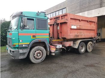 IVECO Eurostar 240.48 ZF - hook lift truck