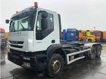 Iveco AD260T41 MULTILIFT 21TON MOTOR DEFECT  - hook lift truck