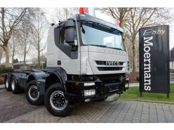 Iveco AT340T45 8x4 AP Achsen  - hook lift truck