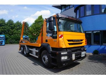 Hook lift truck Iveco Stralis AD260S42