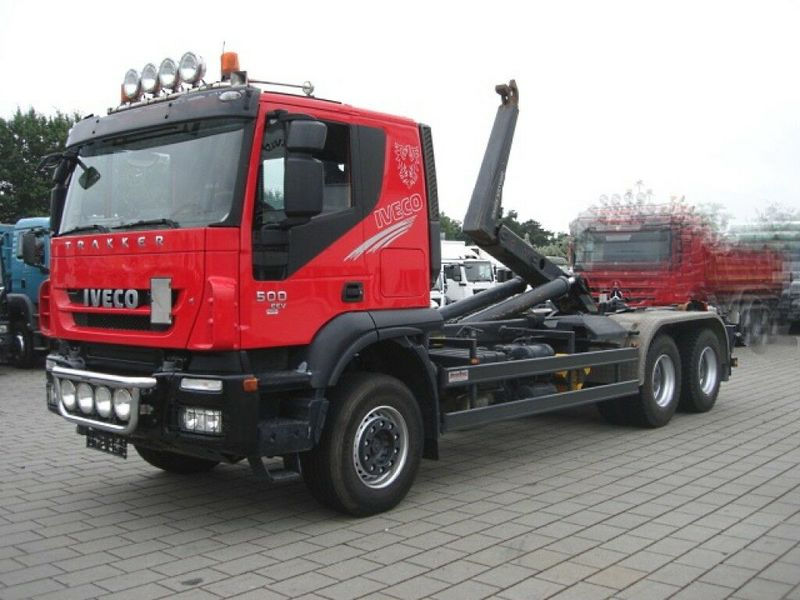 hook lift truck Iveco TRACKER AT260T50 6x4 Abrollkipper Meiller