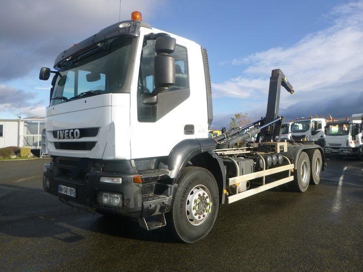 hook lift truck Iveco Trakker 450