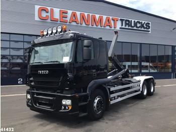 Hook lift truck Iveco Trakker AT260S42