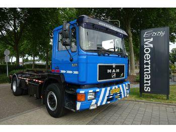 Hook lift truck MAN 19.272 F90