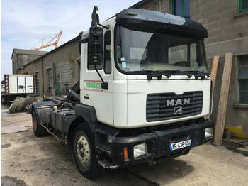 MAN 19.314  - hook lift truck