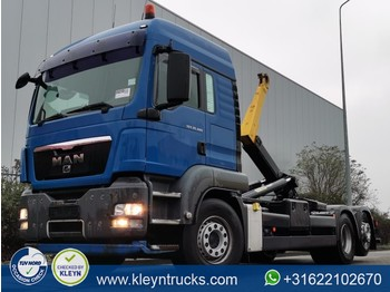 Hook lift truck MAN 26.480 palfinger t20 hookli