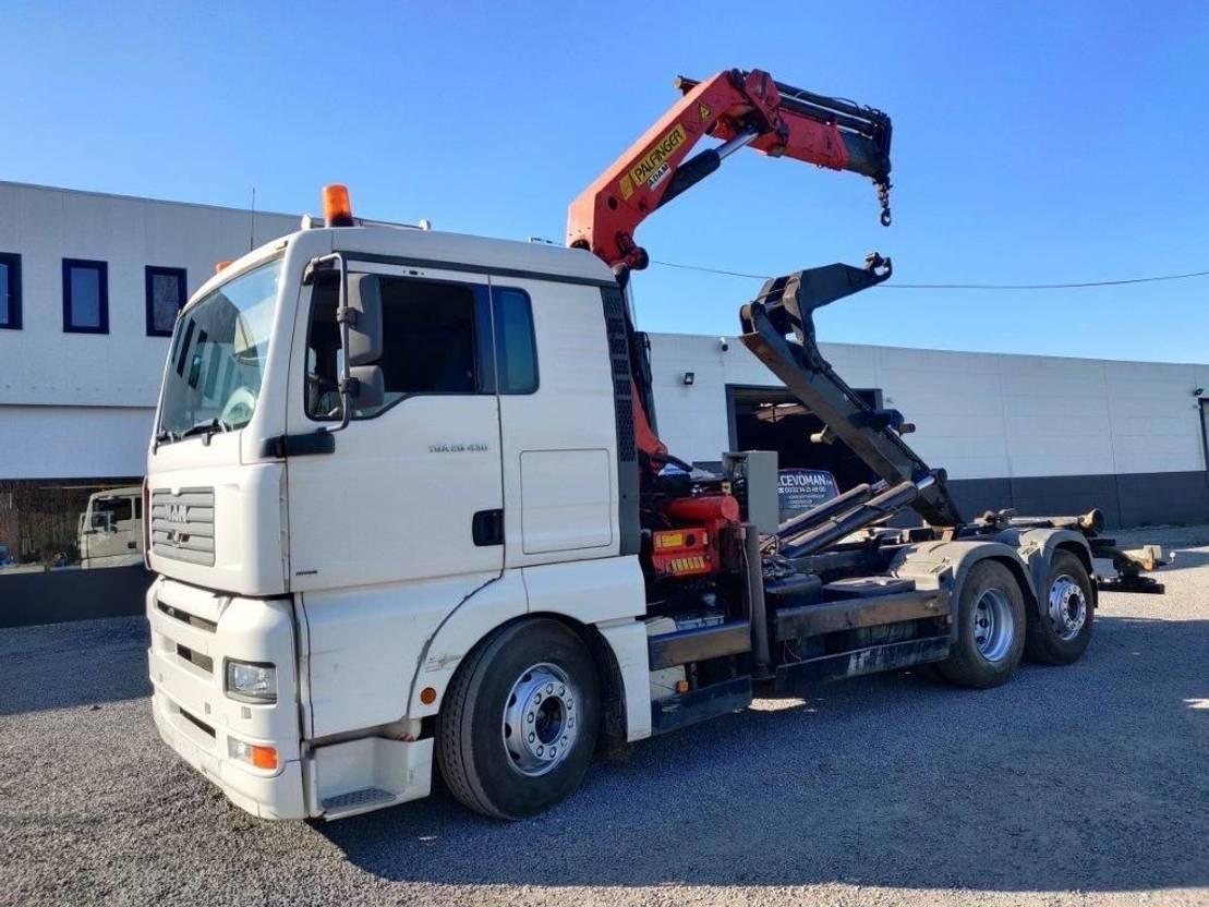 hook lift truck MAN TGA 26.430 6x2 container Euro3