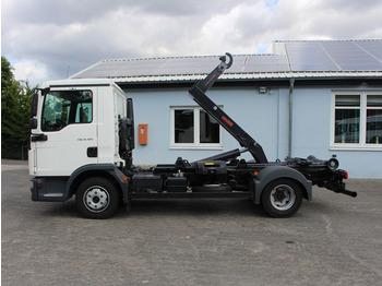 Hook lift truck MAN TGL 8.180 BL EUR6 City Abrollkipper AHK