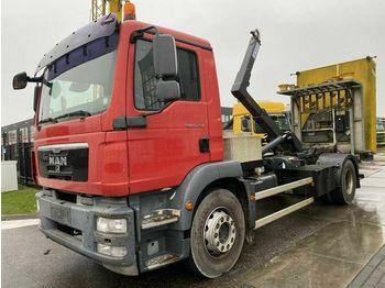 Hook lift truck MAN TGM 15.250 4X2 + CEFA HOOKLIFT + STUER BOTSABSOR